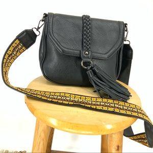 Antik Kraft Non-leather black cross body purse